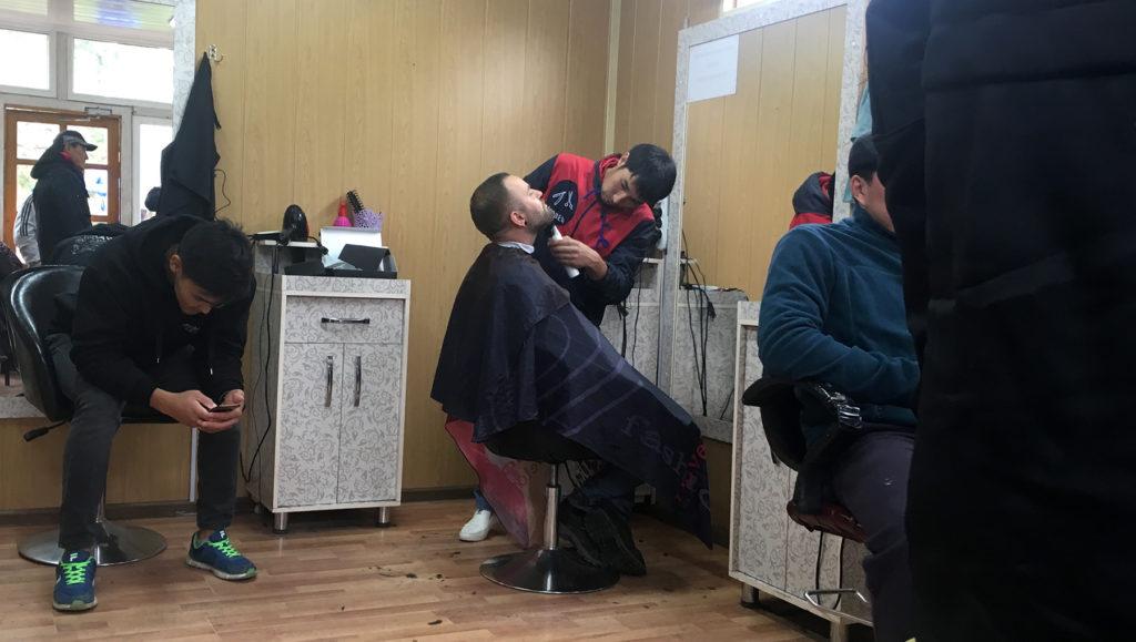 Ich hatte auch meinen ersten Friseurbesuch auf der Reise in Karakol