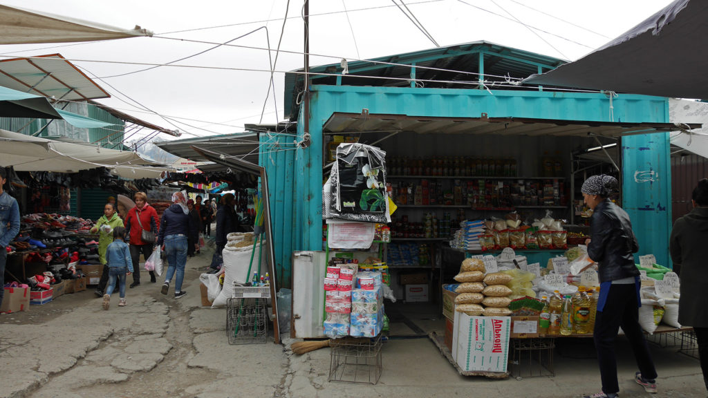Also most of the containers at the bazaar were turquoise