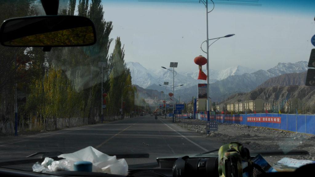 As soon as we got on the Karakoram Highway, we saw big mountains ahead