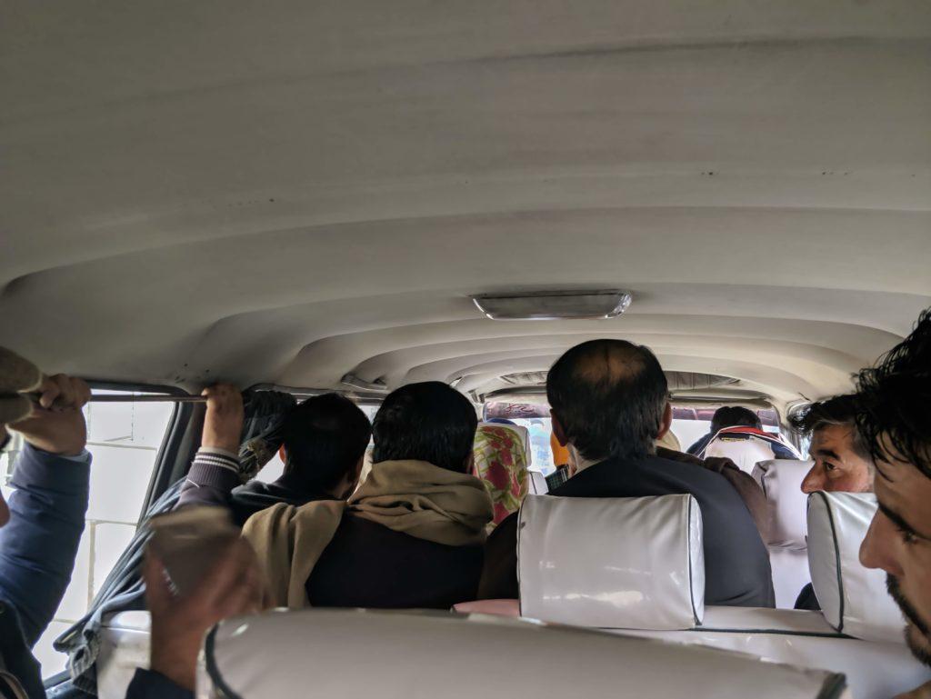 Vollgepackter Bus