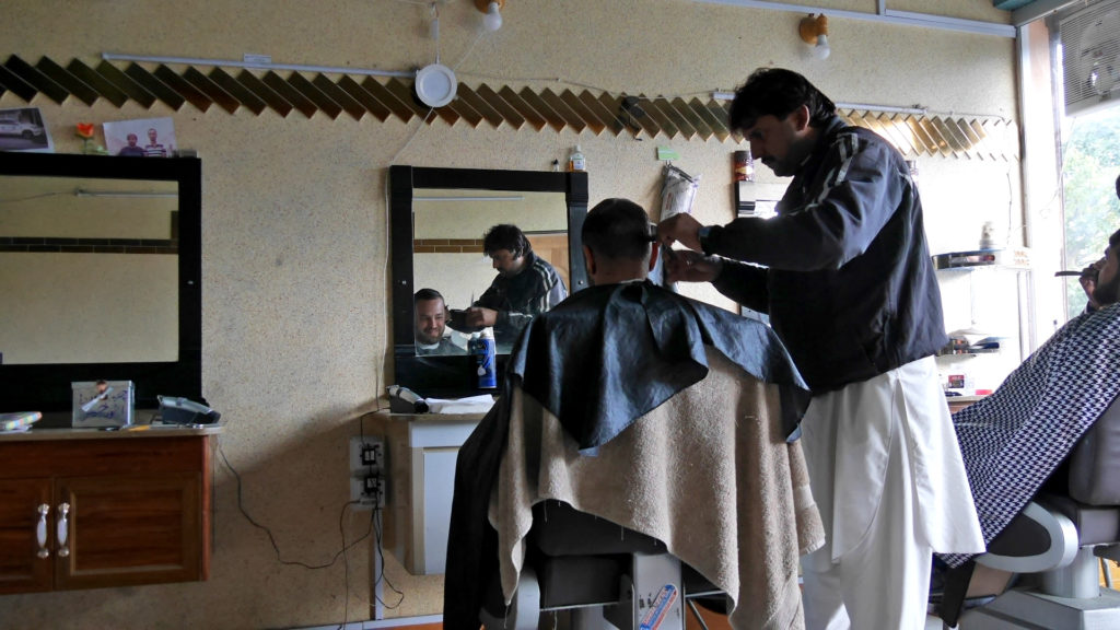 Seri also got a hair and beard grooming (with face massage) in Karimabad