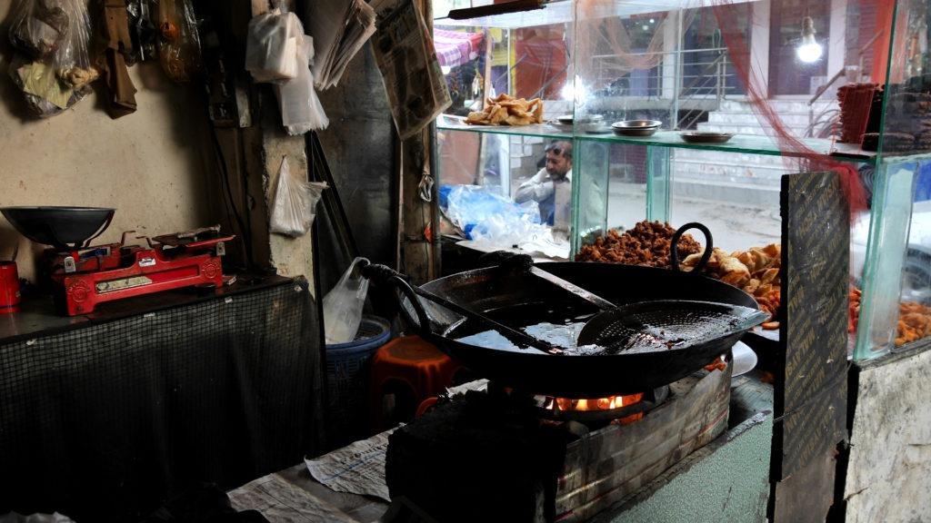 Many food stalls in Danyor sell fried snacks like masala potato wedges, veggie pakora and samosas...