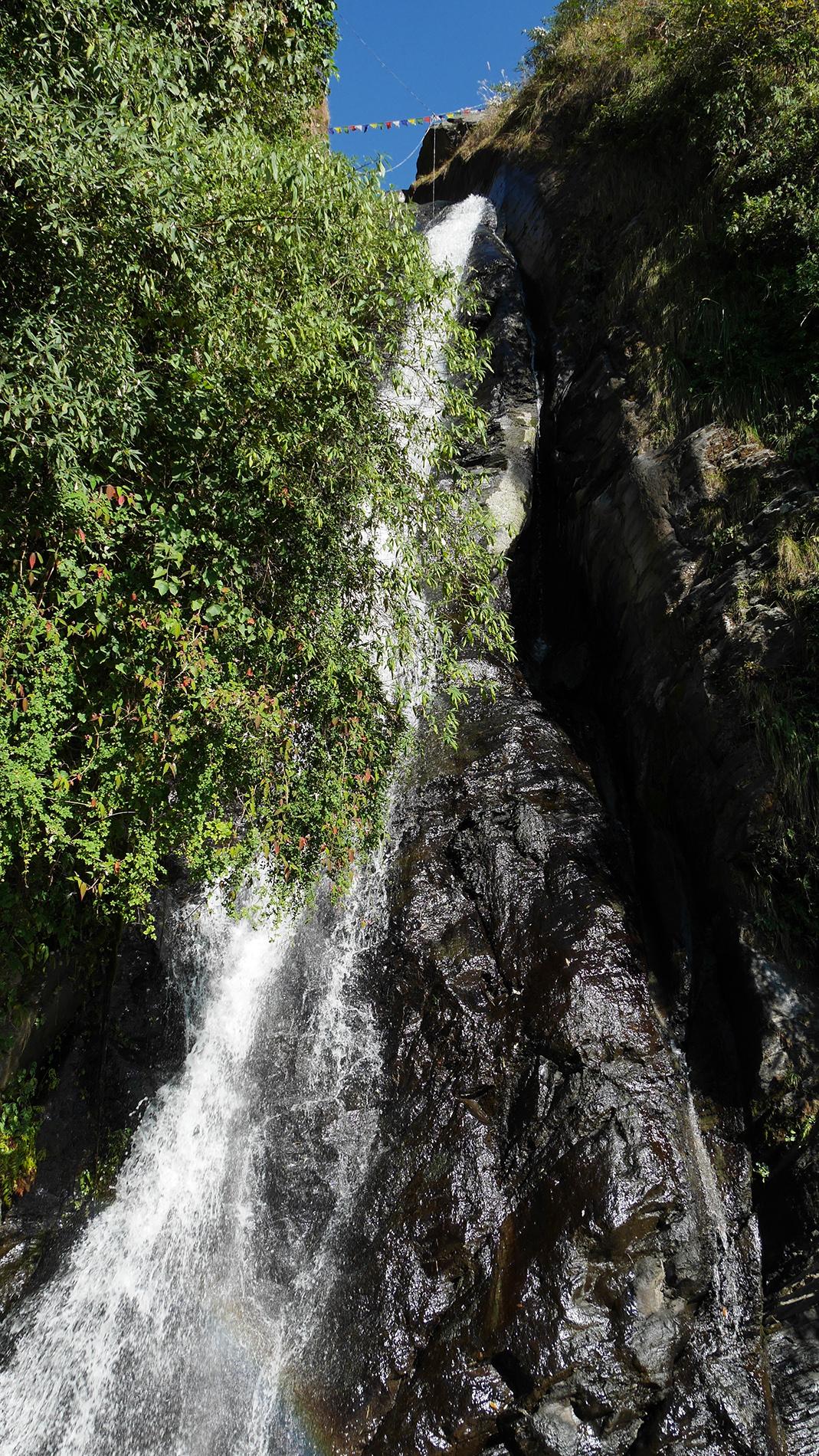Bhagsunag-vesiputous