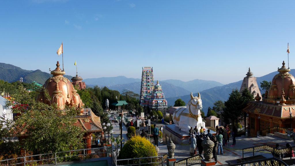 Char Dhamit ja muita temppeleitä