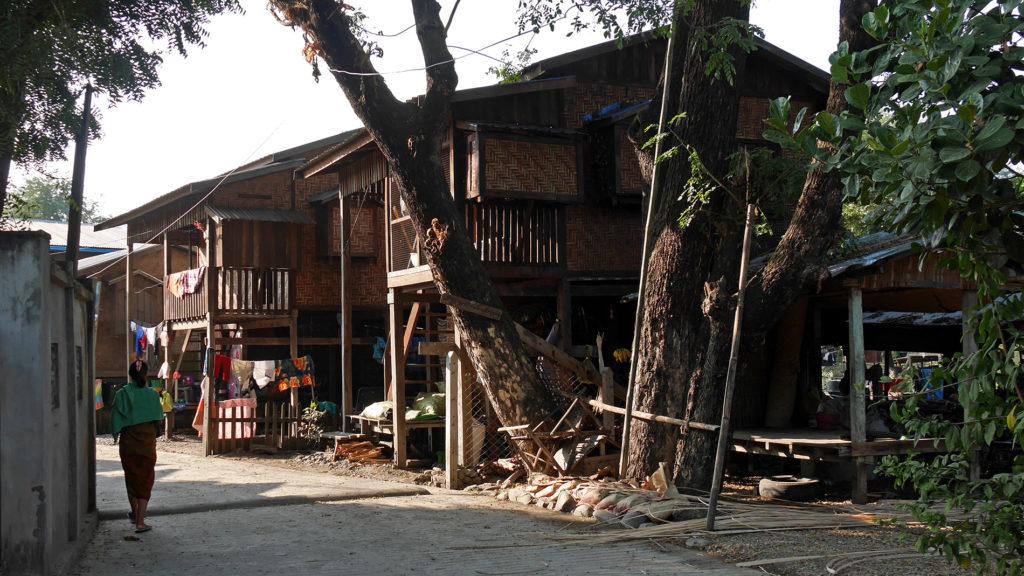Kauniita perinteisiä taloja Kalayssa