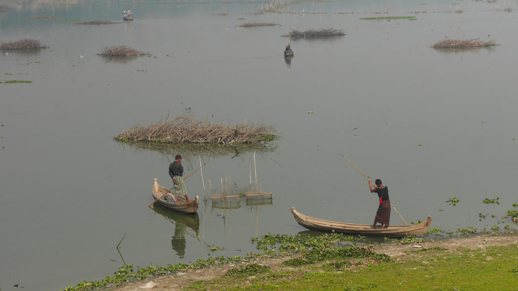 Fishermen on the lake