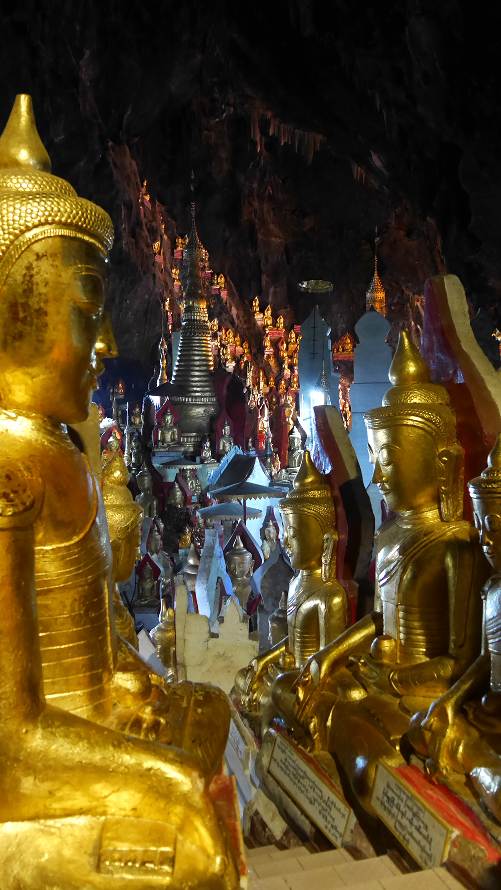 Thousands of Buddha statues inside the Pindaya Cave