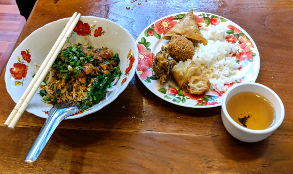 Delicious vegetarian breakfast at Shwe Gu Gu Hotel: Shal-noodles, deep-fried treats and green tea