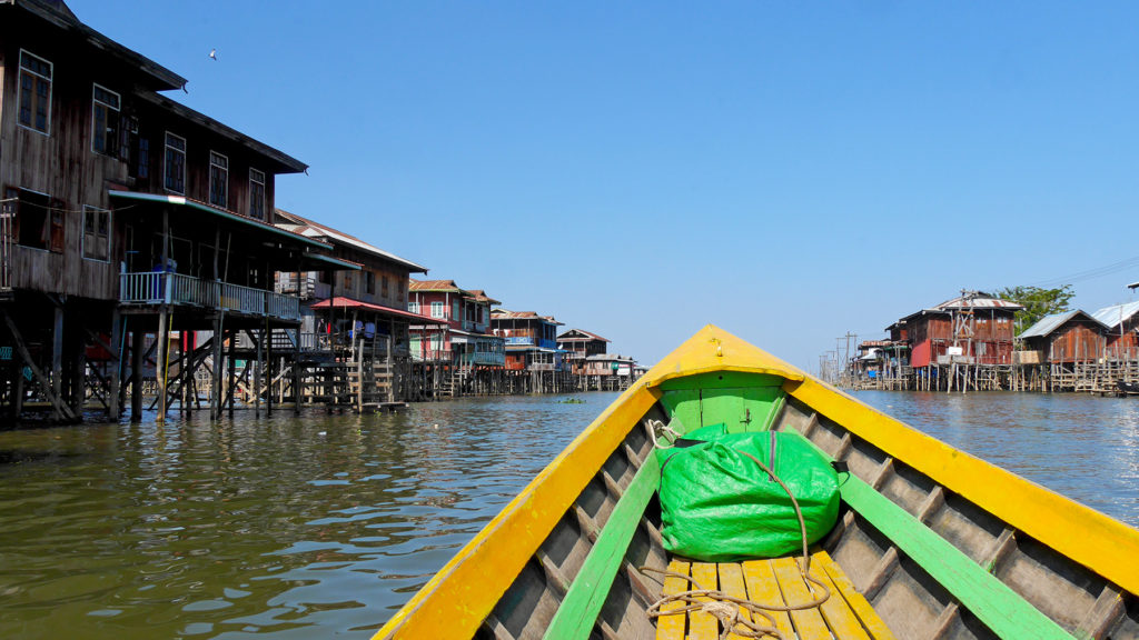 Boat tour at Lake Inle
