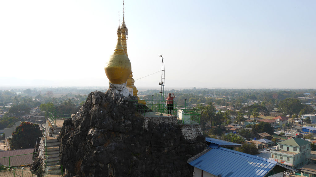 Johanna over the city of Loikaw
